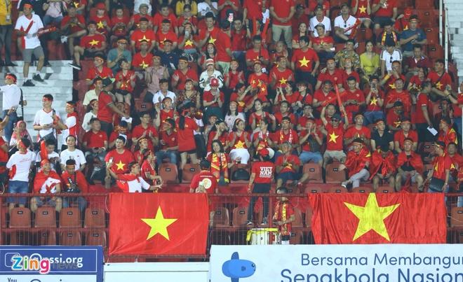 truc tiep Viet Nam vs Indonesia anh 27