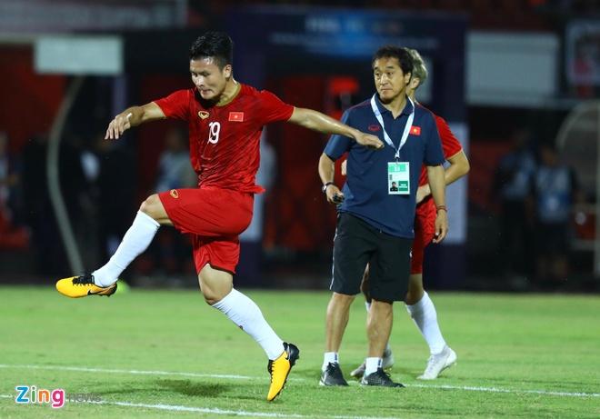 Viet Nam len nhi bang sau tran thang Indonesia hinh anh 29