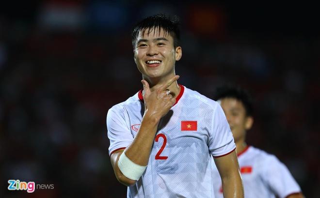 truc tiep Viet Nam vs Indonesia anh 35