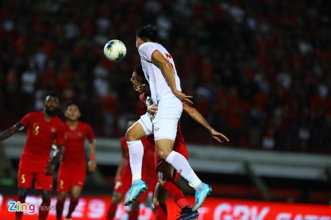 truc tiep Viet Nam vs Indonesia anh 34