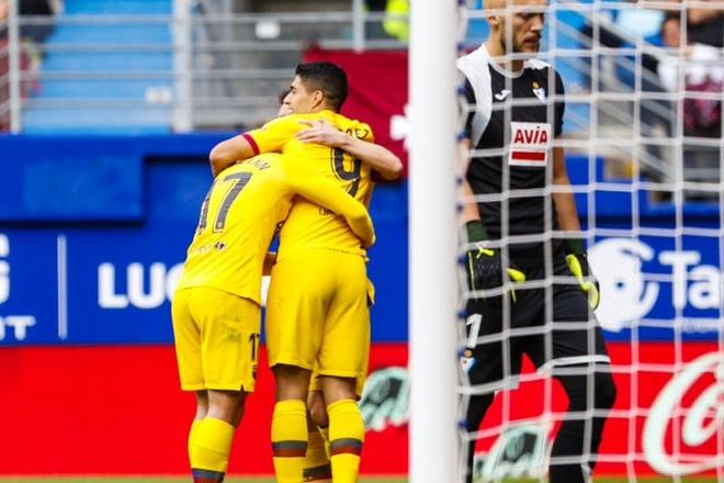 Messi, Griezmann ghi ban dua Barca chiem ngoi dau cua Real hinh anh 10