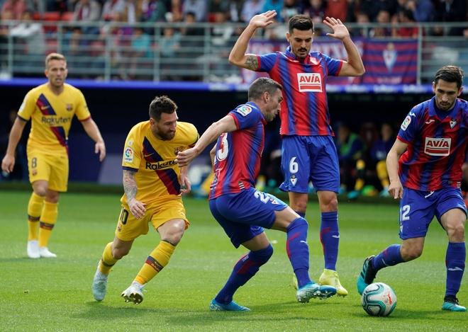 Messi, Griezmann ghi ban dua Barca chiem ngoi dau cua Real hinh anh 7