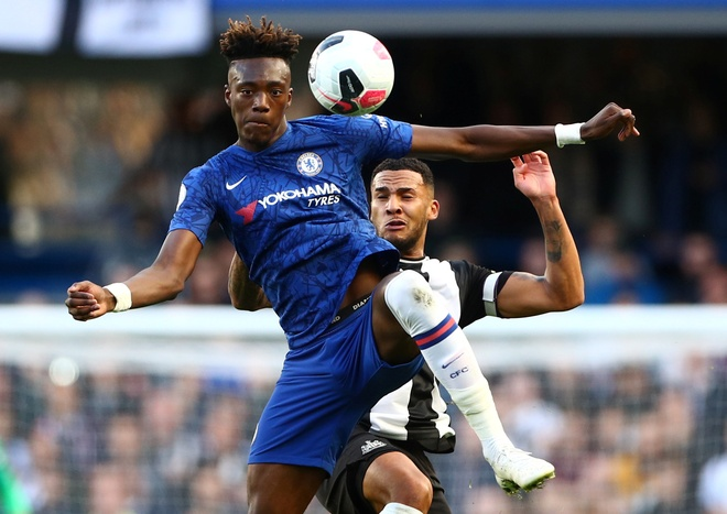 Chelsea 1-0 Newcastle: Marcos Alonso toa sang hinh anh 1