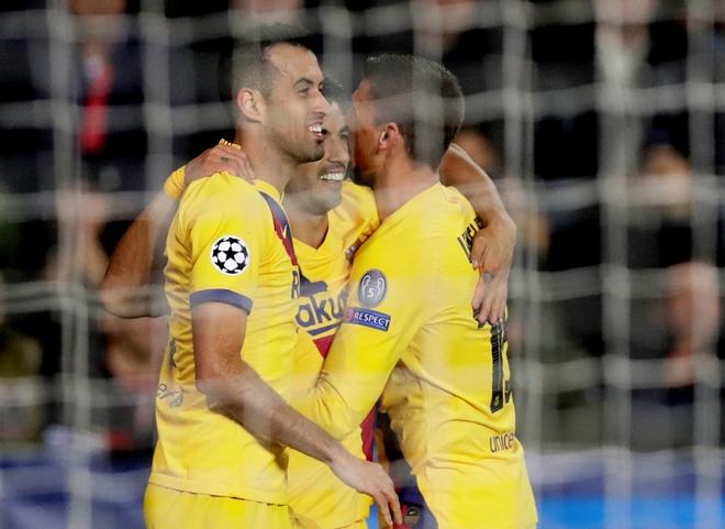 Messi ghi ban, Barca chat vat gianh 3 diem tai CH Czech hinh anh 14