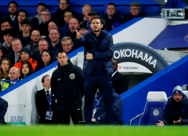 Rashford lap cu dup, MU lan thu 2 ha Chelsea mua nay hinh anh 15