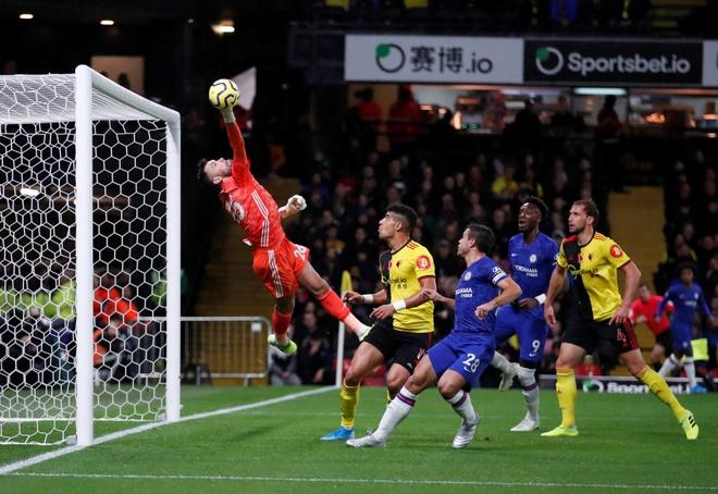 Tammy Abraham thang hoa giup Chelsea ha Watford hinh anh 8