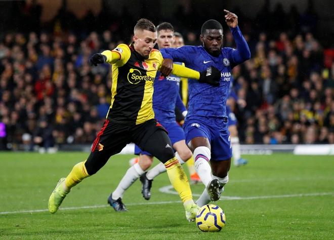 Tammy Abraham thang hoa giup Chelsea ha Watford hinh anh 9