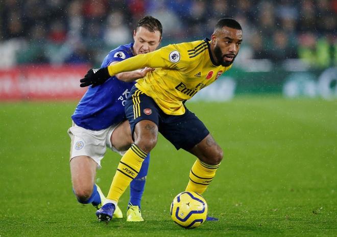 Arsenal chim trong khung hoang sau tran thua Leicester hinh anh 12