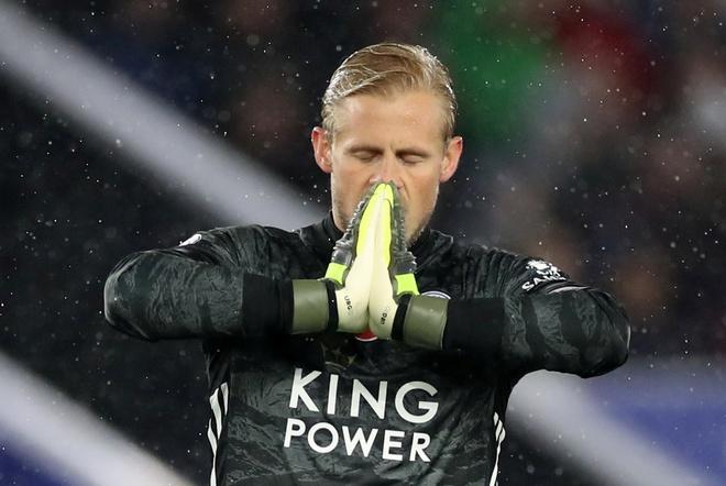 Arsenal chim trong khung hoang sau tran thua Leicester hinh anh 14