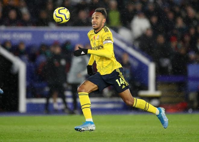 Arsenal chim trong khung hoang sau tran thua Leicester hinh anh 17
