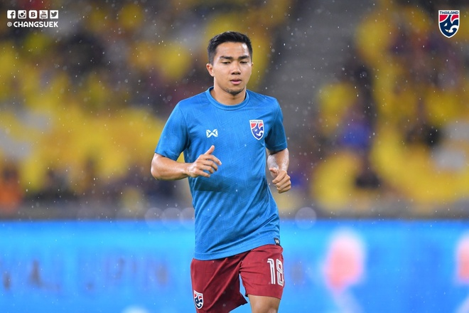 Thai Lan thua nguoc Malaysia 1-2 du Chanathip ghi ban som hinh anh 18