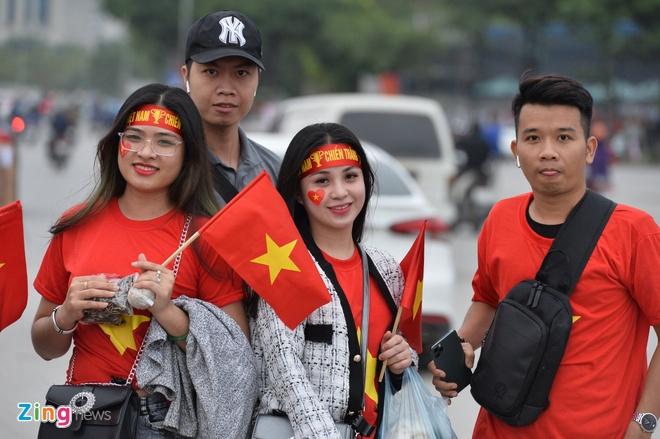Phe ve hoat dong truoc tran Viet Nam gap UAE hinh anh 13
