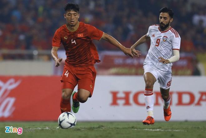 Viet Nam len dau bang sau tran thang UAE hinh anh 21
