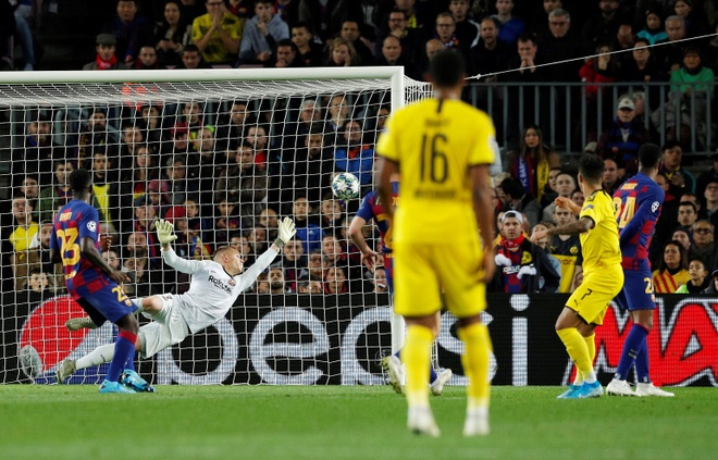 Barca vs Dortmund anh 17