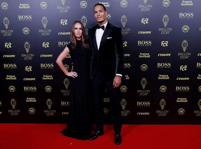 Vuot Ronaldo, Messi gianh Qua bong vang thu 6 hinh anh 33