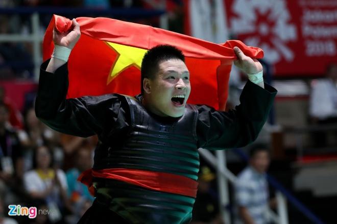 SEA Games 30: Quoc Khanh giai con khat vang cho wushu Viet Nam hinh anh 13