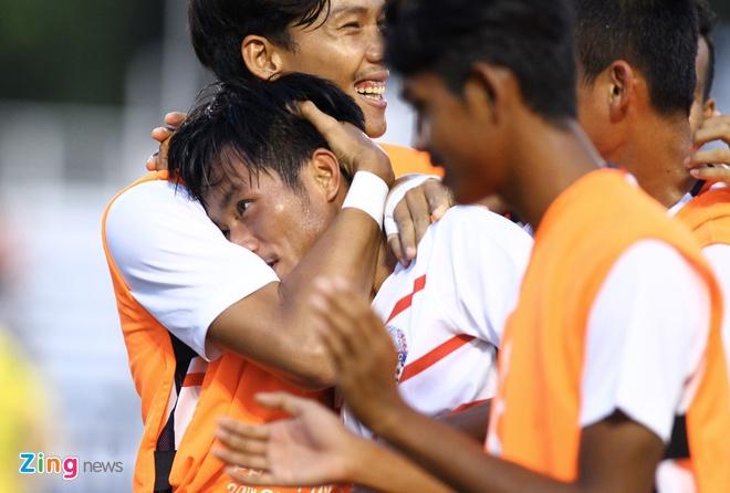 U22 Campuchia 3-1 Malaysia: Dau cham het cho 'Nhung chu ho' hinh anh 4