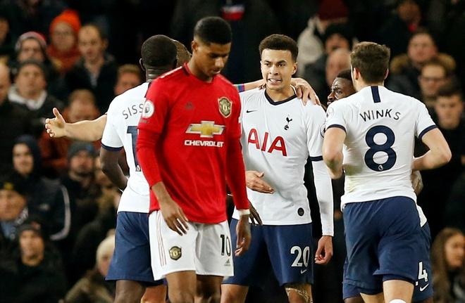 truc tiep MU vs Tottenham anh 13