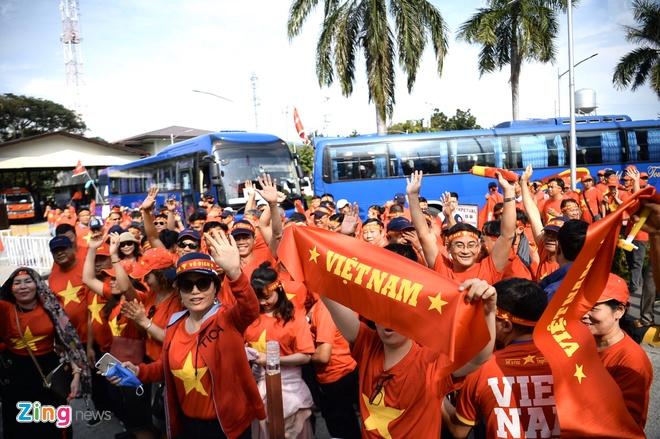 Huy Hoang gianh HCV, pha sau ky luc noi dung 1.500 m hinh anh 3