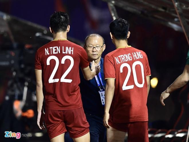 truc tiep Viet Nam vs Campuchia anh 6