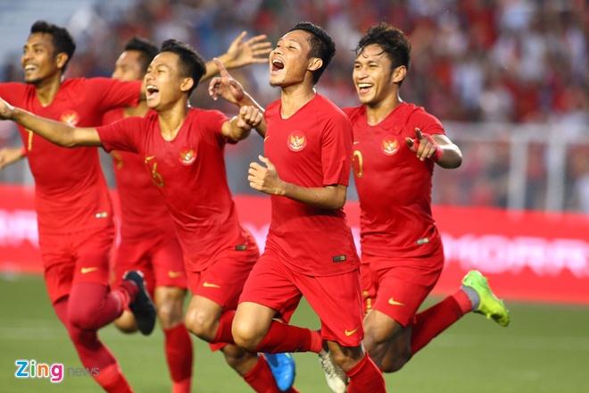 truc tiep Viet Nam vs Campuchia anh 7