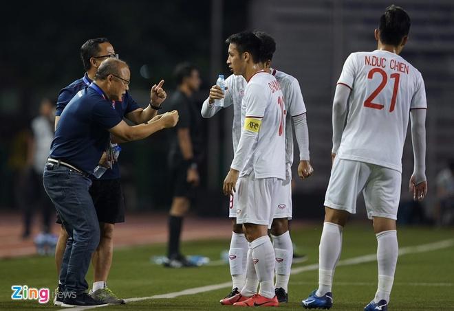 Thang dam Indonesia, U22 Viet Nam gianh HCV SEA Games sau 60 nam hinh anh 34