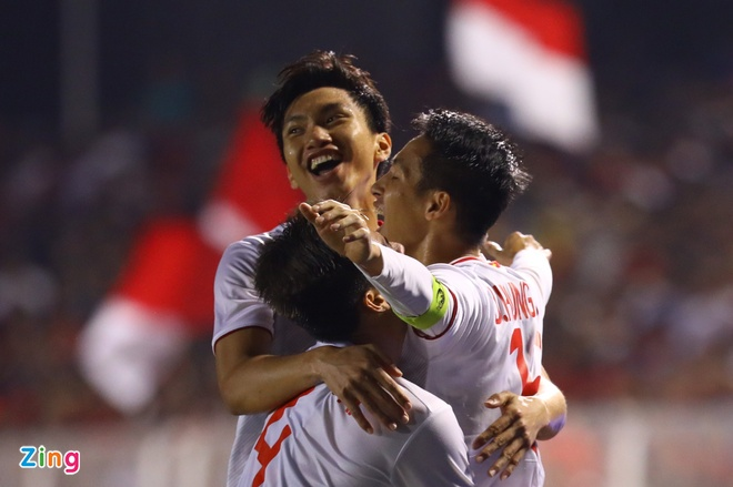 Thang dam Indonesia, U22 Viet Nam gianh HCV SEA Games sau 60 nam hinh anh 1