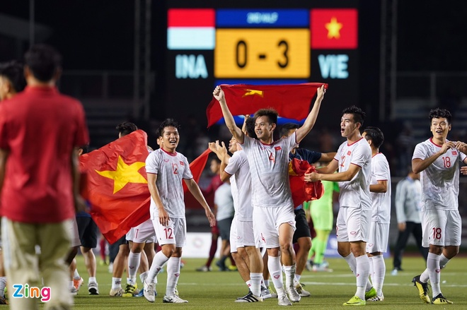 Thang dam Indonesia, U22 Viet Nam gianh HCV SEA Games sau 60 nam hinh anh 68
