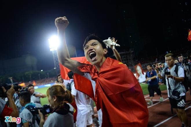 Thang dam Indonesia, U22 Viet Nam gianh HCV SEA Games sau 60 nam hinh anh 66