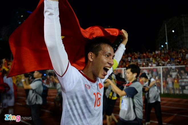 Thang dam Indonesia, U22 Viet Nam gianh HCV SEA Games sau 60 nam hinh anh 67