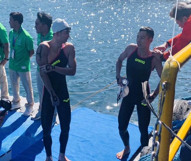 SEA Games: Huy Hoang gianh huy chuong boi ngoai troi 10 km hinh anh 14
