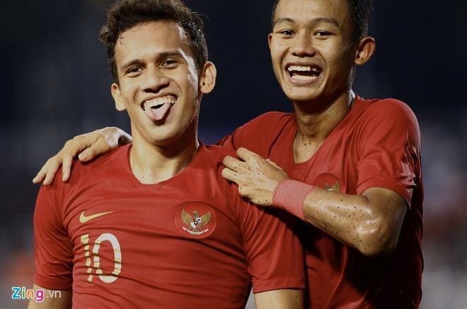 Thang dam Indonesia, U22 Viet Nam gianh HCV SEA Games sau 60 nam hinh anh 8