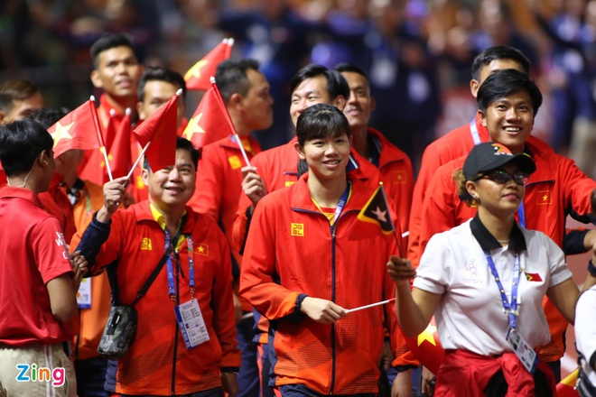 Chu nha Philippines trao co dang cai SEA Games 31 cho Viet Nam hinh anh 27
