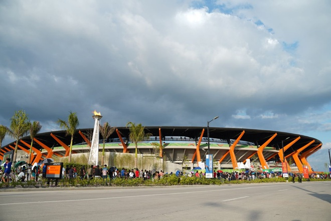 Chu nha Philippines trao co dang cai SEA Games 31 cho Viet Nam hinh anh 7