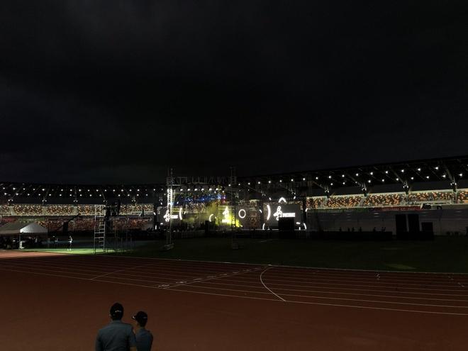 Chu nha Philippines trao co dang cai SEA Games 31 cho Viet Nam hinh anh 13