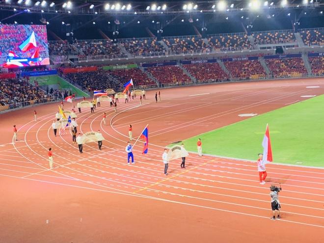 Chu nha Philippines trao co dang cai SEA Games 31 cho Viet Nam hinh anh 18