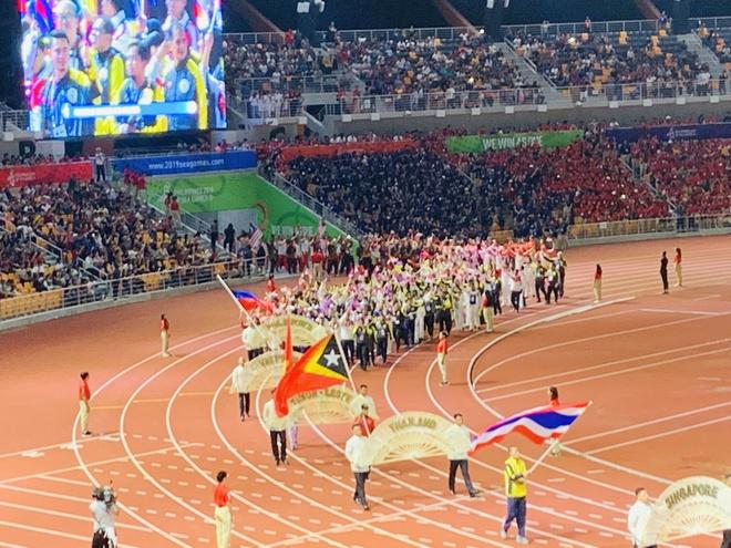 Chu nha Philippines trao co dang cai SEA Games 31 cho Viet Nam hinh anh 19