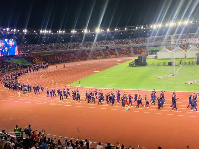 Chu nha Philippines trao co dang cai SEA Games 31 cho Viet Nam hinh anh 21