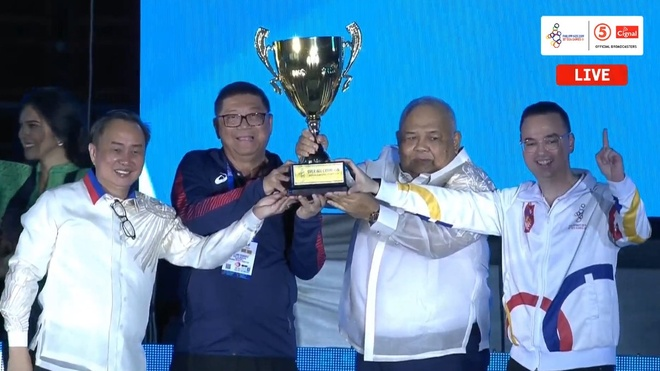 Chu nha Philippines trao co dang cai SEA Games 31 cho Viet Nam hinh anh 40