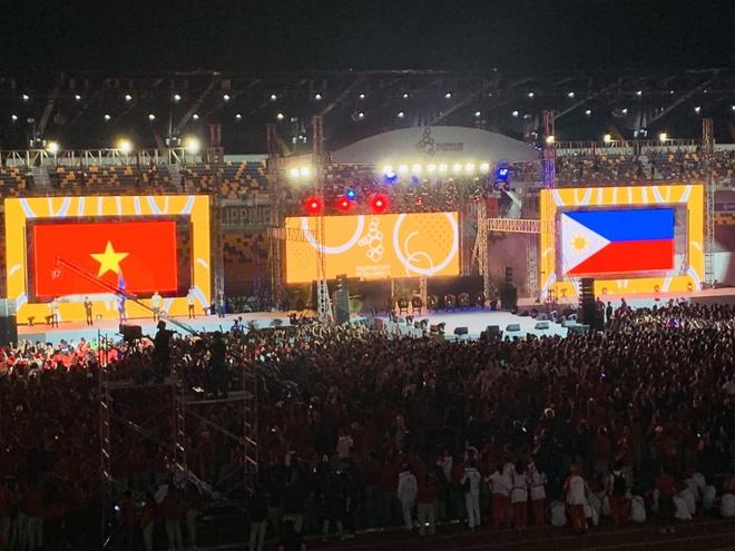 Chu nha Philippines trao co dang cai SEA Games 31 cho Viet Nam hinh anh 47