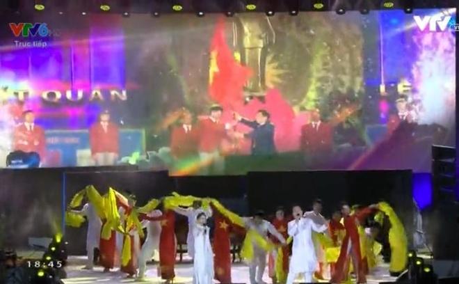 Chu nha Philippines trao co dang cai SEA Games 31 cho Viet Nam hinh anh 55