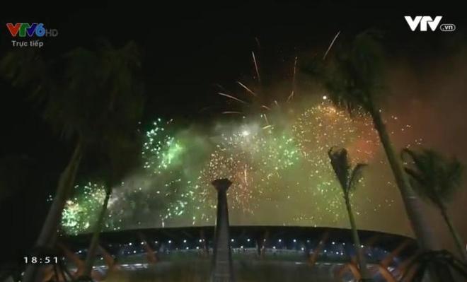 Chu nha Philippines trao co dang cai SEA Games 31 cho Viet Nam hinh anh 60