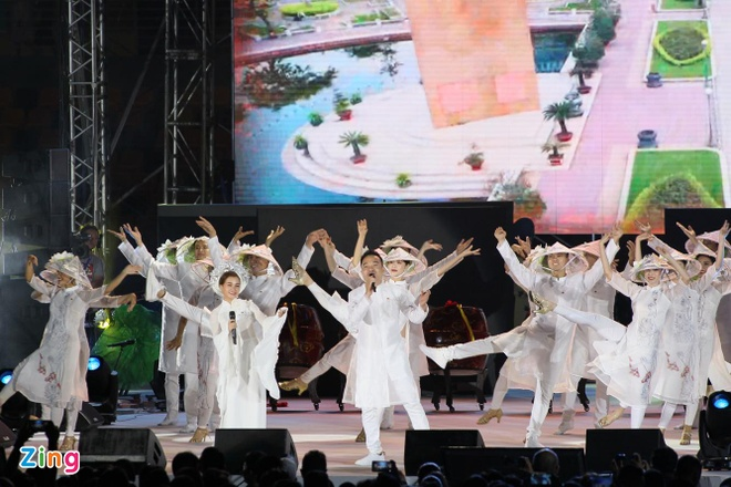 Chu nha Philippines trao co dang cai SEA Games 31 cho Viet Nam hinh anh 51