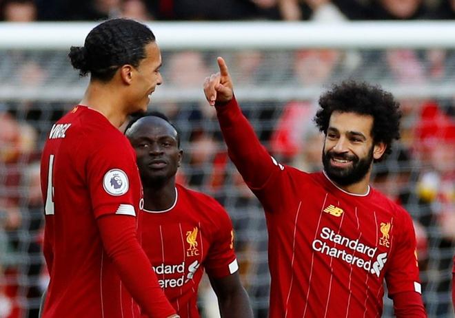Salah lap cu dup, Liverpool thang tran thu 16 sau 17 vong hinh anh 15 2019-12-14T131031Z_210768422_RC21VD9WIUKQ_RTRMADP_3_SOCCER-ENGLAND-LIV-WAT-REPORT.JPG