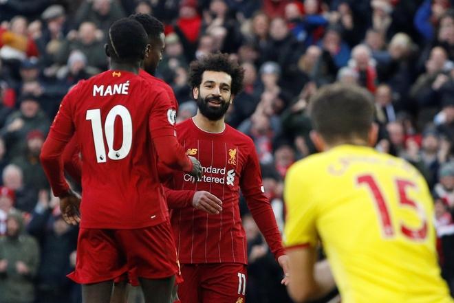 Salah lap cu dup, Liverpool thang tran thu 16 sau 17 vong hinh anh 1 2019-12-14T141930Z_19814920_RC22VD9MH0O8_RTRMADP_3_SOCCER-ENGLAND-LIV-WAT-REPORT.JPG