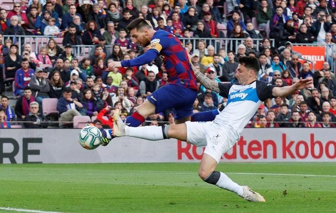 Messi toa sang giup Barca thang dam Alaves hinh anh 14 2019-12-21T151332Z_1953965187_RC2RZD9CVV85_RTRMADP_3_SOCCER-SPAIN-FCB-ALV-REPORT.JPG