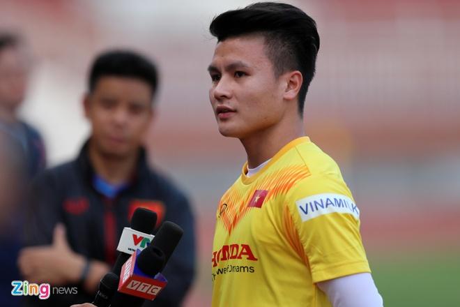 Quang Hai: 'BHL da chuan bi ky de thay the vi tri cua Van Hau' hinh anh 1 QH1_zing.jpg