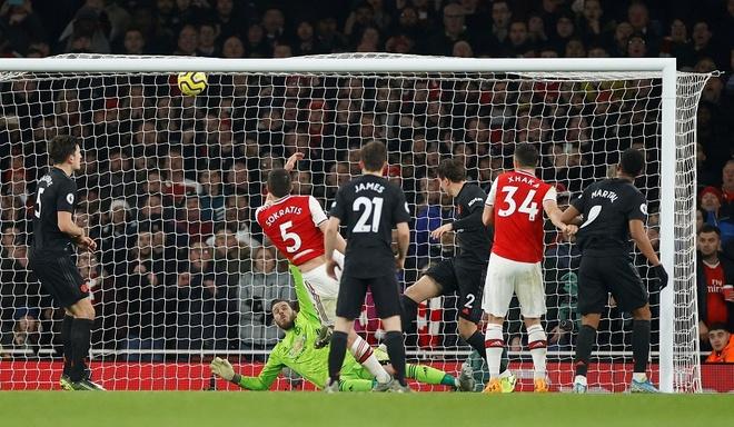 Arsenal thang Man Utd 2-0 tai Emirates hinh anh 15 2020_01_01T204404Z_1526779530_RC287E962QHG_RTRMADP_3_SOCCER_ENGLAND_ARS_MUN_REPORT.JPG