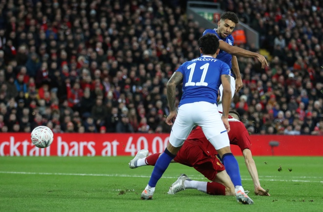 Liverpool vao vong 4 FA Cup trong ngay Minamino da chinh hinh anh 11 2020_01_05T161109Z_1396524148_RC2S9E9Y7XAO_RTRMADP_3_SOCCER_ENGLAND_LIV_EVE_REPORT.JPG