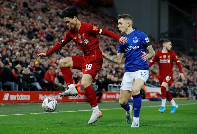 Liverpool vao vong 4 FA Cup trong ngay Minamino da chinh hinh anh 14 2020_01_05T161559Z_2146459550_RC2S9E9RZ9RZ_RTRMADP_3_SOCCER_ENGLAND_LIV_EVE_REPORT.JPG